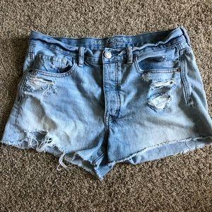American Eagle Vintage Hi Rise Shorts